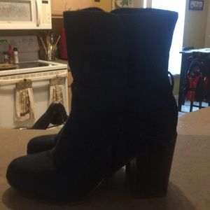 Navy blue ankle stylish boots 6.5